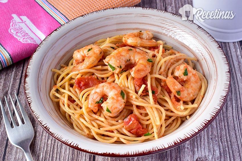 Espaguetis con camarones - Recetinas