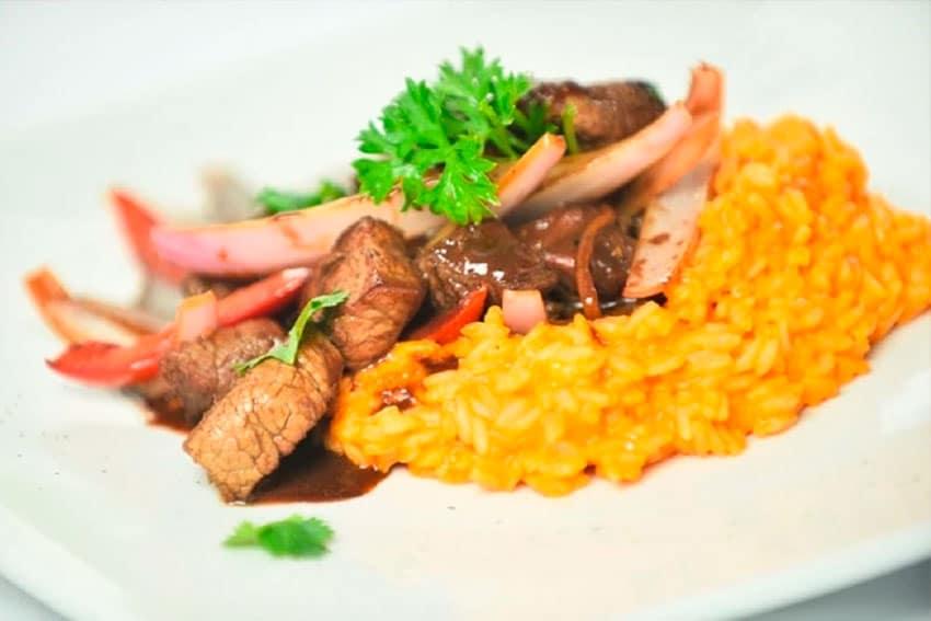 Receta de risotto de ají y lomo