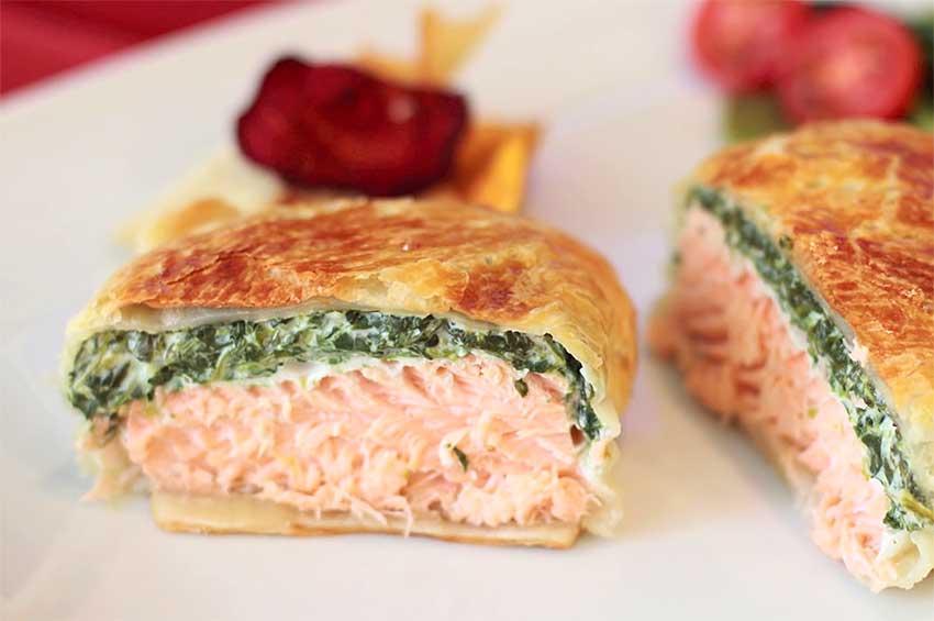 Receta de hojaldre relleno de salmón y espinacas